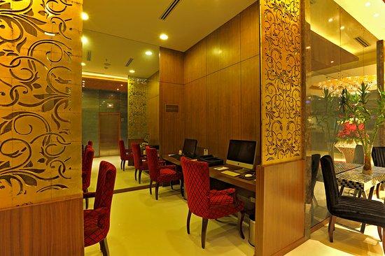 Country Inn Amp Suites By Radisson Delhi Saket New Delhi