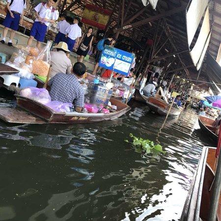 Book Thai Taxi