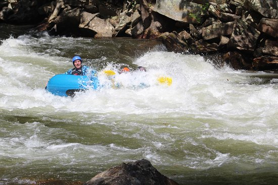 Topton, Βόρεια Καρολίνα: Great trip using Carolina Outfitters to raft down the Nantahala.