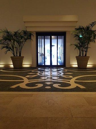 UNA Hotel Palace: 20180907_144420_large.jpg