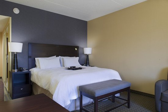 Vineland, NJ: Guest room