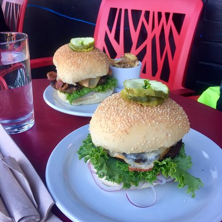 The Pink Bicycle: Pink Bicycle Burgers