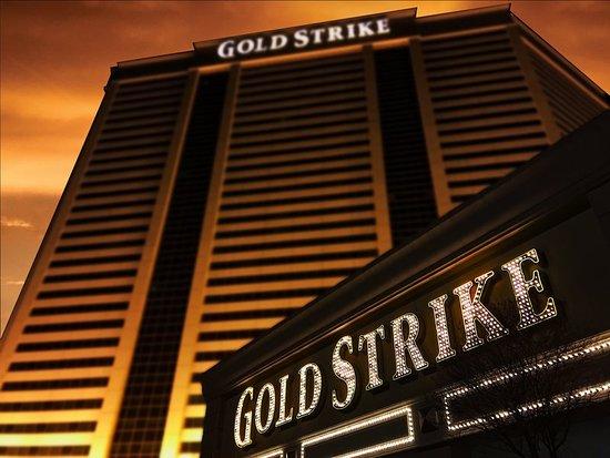 Gold strike casino resort casino center drive tunica resorts ms money slot box frame