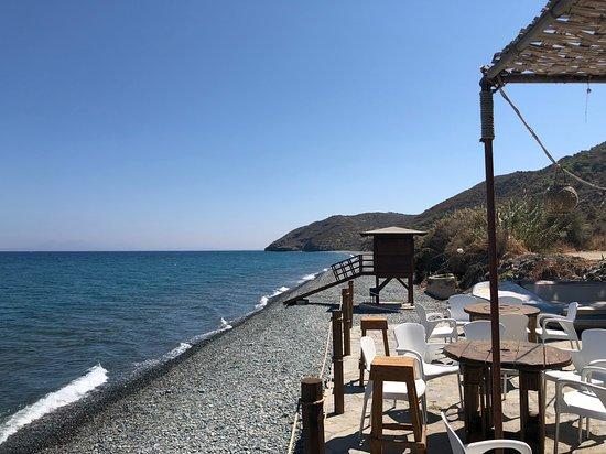Kato Pyrgos, Kypros: View from the restaurant