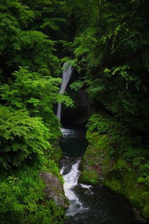 Omika Waterfall