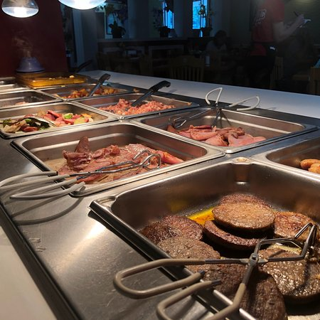 Sunny Side Up Diner: Great breakfast buffet!