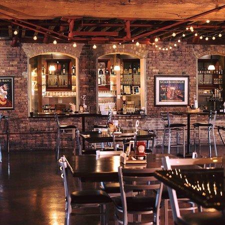 Harvard, IL: Stanchion Pub