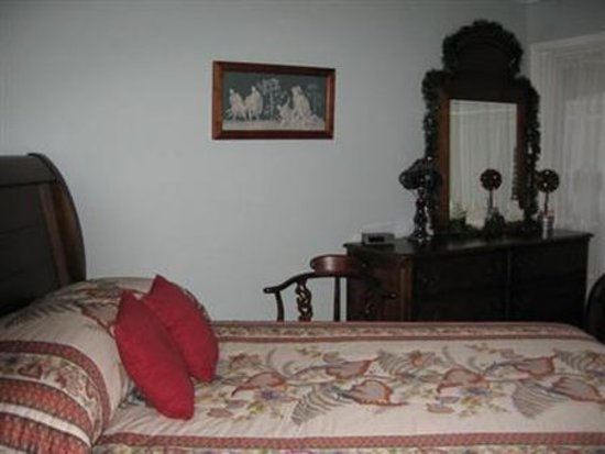 Aurora, IN: Guest room