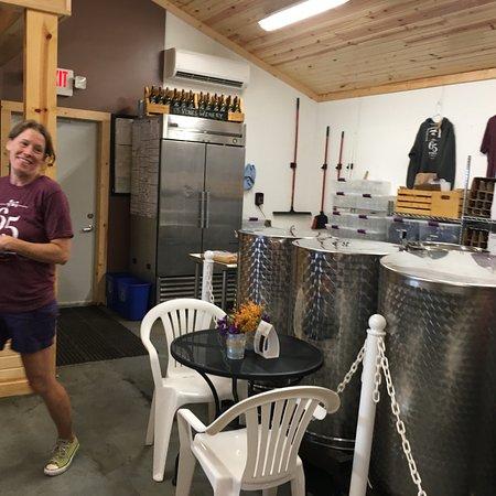 65 Vines Winery: photo9.jpg