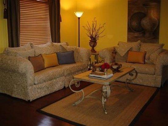 Wilton Manors, FL: Lobby