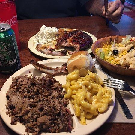 Whole Hog Cafe North Little Rock: photo0.jpg