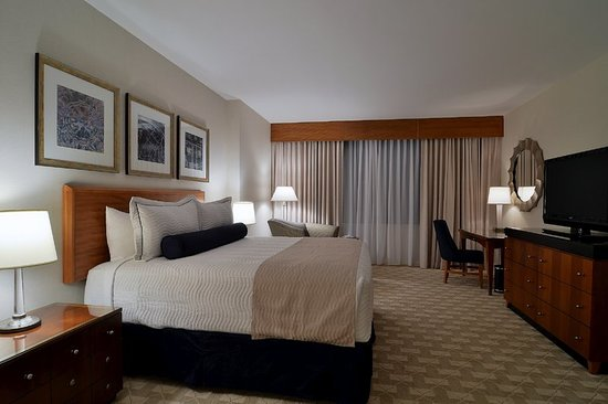 mohegan sun connecticut uncasville hotel reviews. Black Bedroom Furniture Sets. Home Design Ideas