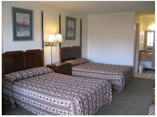 Red Carpet Inn Amp Suites Kissimmee Prices Amp Hotel Reviews