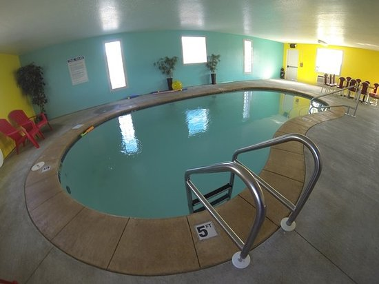 North Sioux City, SD: Pool