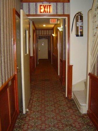 Hotel St. James: Lobby