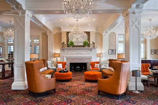 Wayne Hotel: Lobby