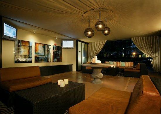 Corte Madera, كاليفورنيا: Bar/Lounge
