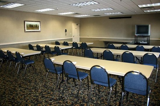 C'mon Inn Park Rapids: Meeting room