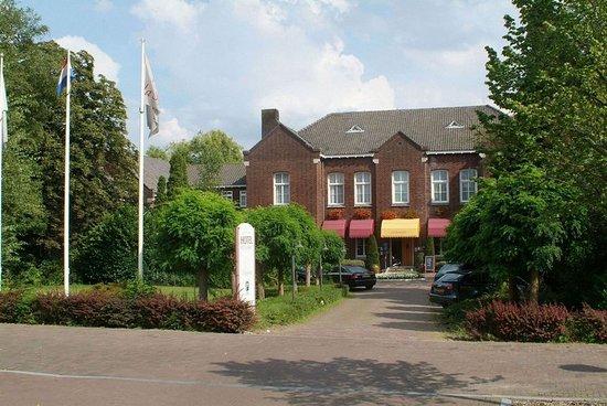 Son en Breugel, Nederland: Exterior