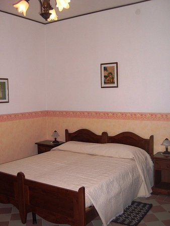 Lunamatrona, Italie : Guest room