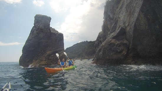 Pelion Scout: Short Paddle SEA KAYAKING TOUR