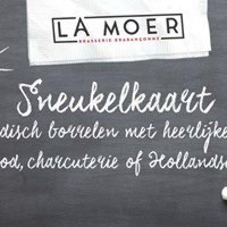 Moergestel, Nederland: Sneukelen bij La Moer