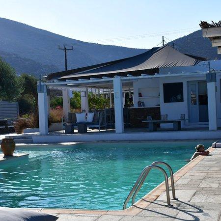 HOTEL KAMARI - Prices & Reviews (Sifnos, Greece - Kamares ...