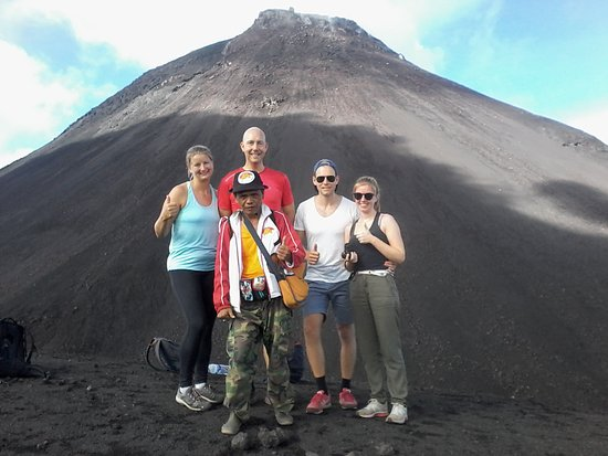 Langowan, Indonesien: trip soputan volcano group from holland vera,calvin,julia,sieb guide jotje 9september2018.