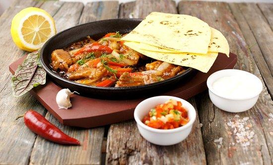 Yurga, Ρωσία: Фахитос - мексиканское блюдо