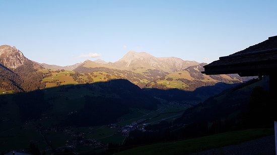 Sankt Stephan, Svizzera: Aussicht vom Parkplatz