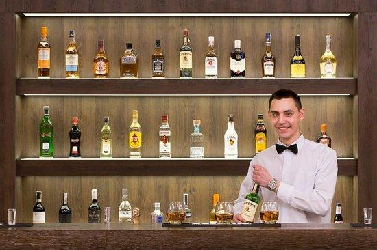 Raszyn, Polonia: Bar/Lounge