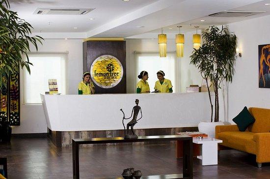 Lemon Tree Hotel, East Delhi Mall, Kaushambi: Guest room