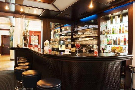 atrium im park hotel ab 66 7 1 bewertungen fotos preisvergleich regensburg. Black Bedroom Furniture Sets. Home Design Ideas