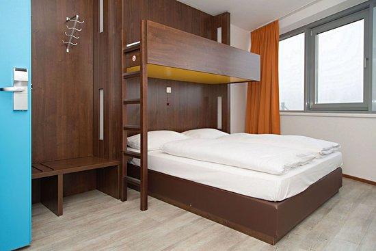Ansfelden, النمسا: Guest room