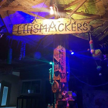 Lipsmackers Beach Bar