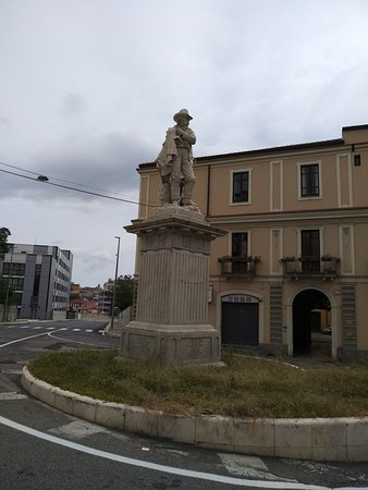 Catanzaro, Ιταλία: Monumento a Francesco Stocco