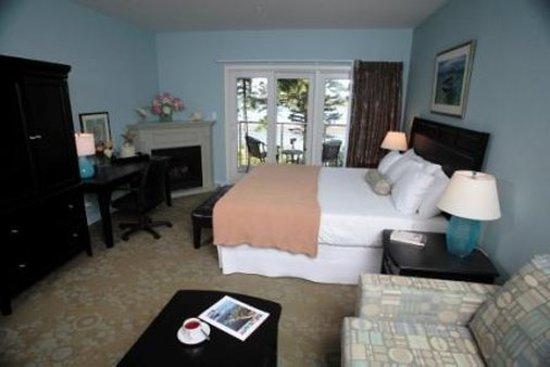Sebasco Estates, ME: Guest room