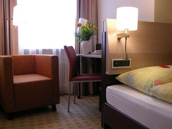 Birsfelden, สวิตเซอร์แลนด์: Guest room