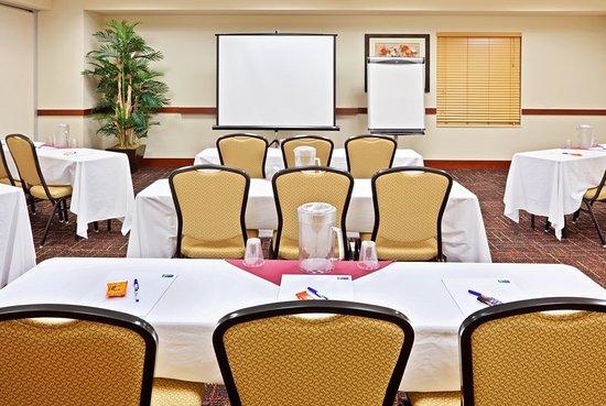 Chehalis, WA: Meeting room