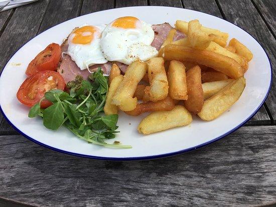 Eversley, UK: Large ham egg and chips