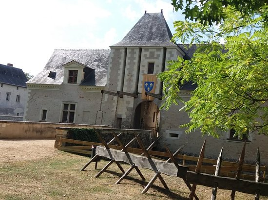 Ecuille, France: Château du Plessis-Bourré