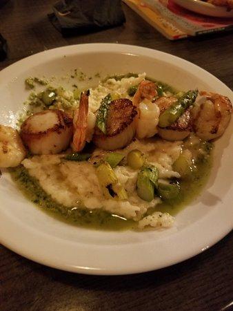 Kane, เพนซิลเวเนีย: Fabulous Shrimp and Scallops