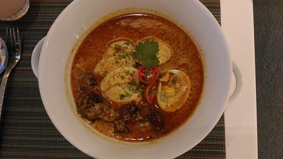 6d634f35fcd30f Singaporean Laksa with Beef Tendon - Picture of Fresh International ...