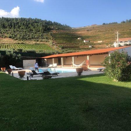 Vila Flor, البرتغال: Sítio maravilhoso! Tranquilidade, beleza, descanso aliado a um óptimo pequeno almoço e a um serv