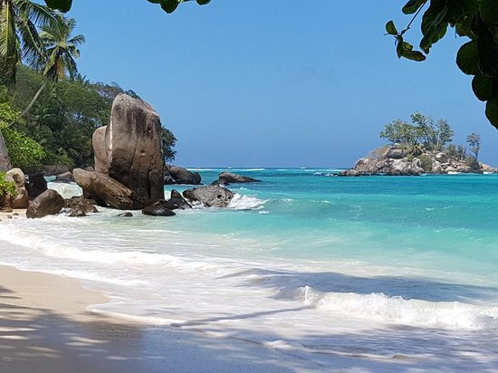 Mahé, Seychellen: Fairyland Beach