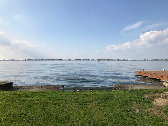 Abadszalok, المجر: Kilátás a Tisza-tóra