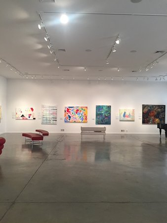 DM Weil Gallery: Like being in an NYC art gallery, but much more welcoming