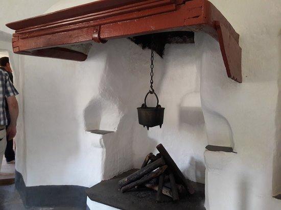 Kaub, Germany: Feuerstelle in der Kommandantenwohnung
