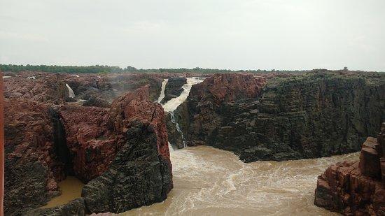 Raneh Falls: Rahne falls