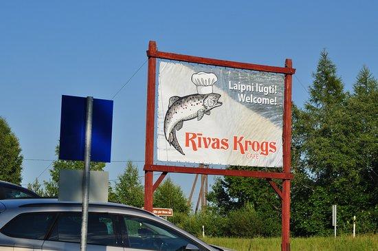 Rivas krogs: Вывеска на дороге